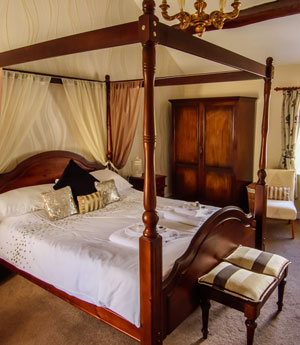 Bed and Breakfast accommodation at Penrhos Arms Hotel.